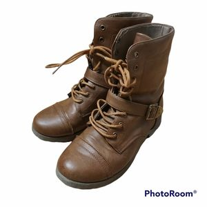 Ardene Brown Lace Up Boots Size 7